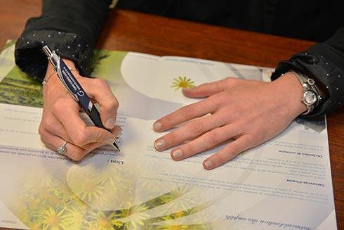 photo illustrant le contrat prévoyance des pompes funèbres girard semur en auxois